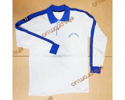Толстая футболка с длинными руками. надписом